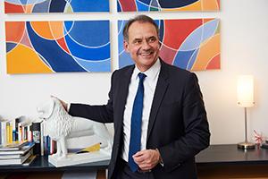 Business Fotograf Michael Miklas - Hamburg und Hannover - zeigt Fotos, die im Rahmen einer Foto Reportage in Braunschweig mit Oberbürgermeister Ulrich Markurth für die Thüga entstanden sind