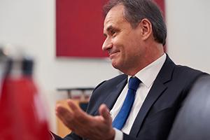 Business Fotograf Michael Miklas - Hamburg und Hannover - zeigt Fotos, die im Rahmen einer Foto Reportage in Braunschweig mit Oberbürgermeister Ulrich Markurth entstanden sind