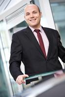 Business Fotografie ab Hamburg und Hannover für Volkswagen Financial Services. Hochwertige Business Portraits für den Print- und Online-Bereich. Business Fotos, die mit ihrer zeitgemäßen, unkompliziert sympathischen Bildsprache überzeugen. Fotograf Busine