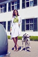 Für das Schweizer Fashion Label SomySo fotografierte Michael Miklas in Schaffhausen die Sommer-Kollektion 2016. Fashion Fotografie on Location; gekonnt und zur Marke passend in Szene gesetzt. Model und Make-up Artist wurden vor Ort gebucht.