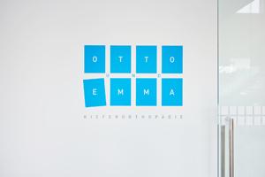 Image- Businessfotos für Internetauftritt, Homepage, Praxis-Shooting, People & Architektur, Michael Miklas, Fotograf in Hannover, Fotostudio für professionelle Image- und Businessfotografie